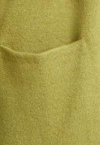 Vila - VIRIL OPEN - Neuletakki - green olive melange - 2