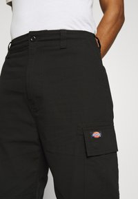 Dickies - EAGLE BEND - Cargo trousers - black - 5