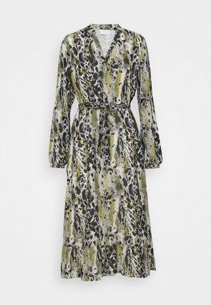 VIJEMO MIDI DRESS - Robe longue - birch