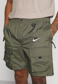 Nike Sportswear - Shorts - twilight marsh/silver - 4