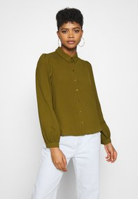 Vero Moda - VMAYA  - Button-down blouse - fir green - 0