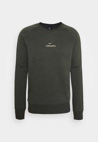 ATLETICO MADRID - Klubové oblečení - cargo khaki