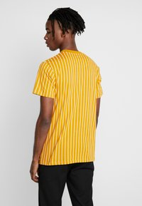 Nominal - DALI TEE - Print T-shirt - mustard - 2