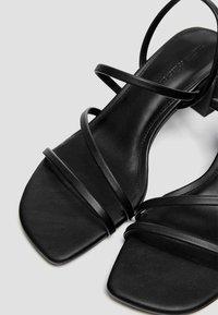 PULL&BEAR - Sandaler - black - 5