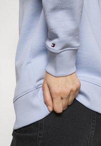Tommy Hilfiger - REGULAR GRAPHIC - Sweatshirt - breezy blue - 3