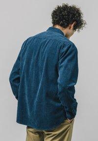 Brava Fabrics - LUMBERJACK ESSENTIAL - Shirt - blue - 2