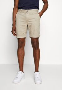 Tommy Jeans - ESSENTIAL - Shorts - stone - 0