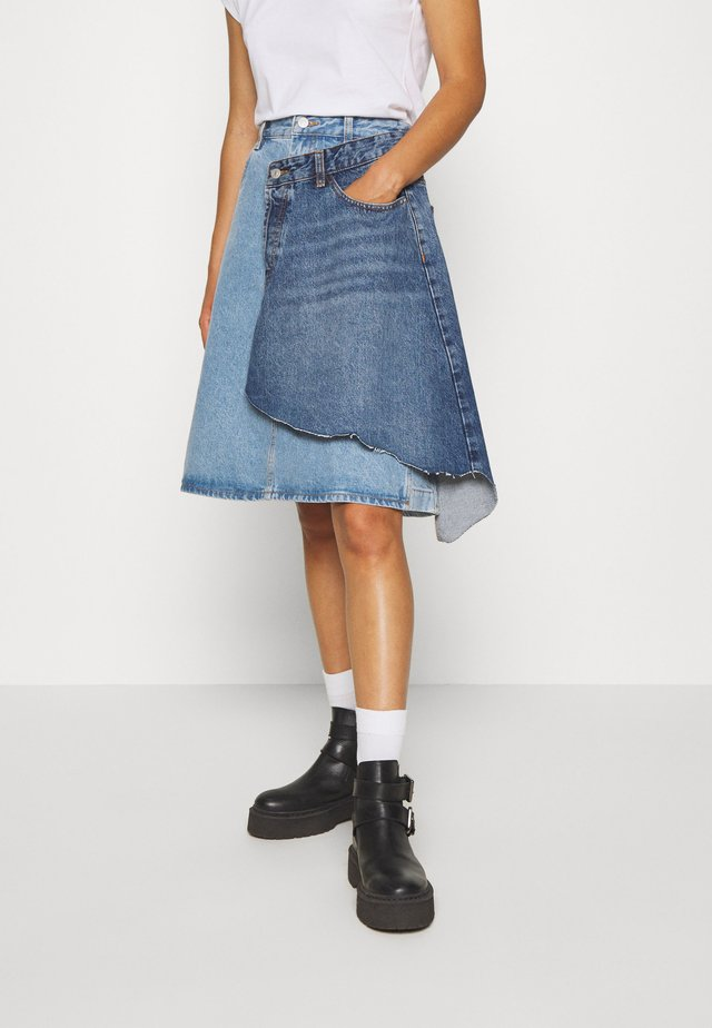 TOBY SKIRT - Farkkuhame - light blue denim