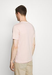 Pier One - 3 Pack - T-Shirt basic - white/green/pink - 2