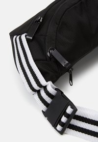 adidas Performance - LOGO TRAINING SPORTS WAISTBAG UNISEX - Ledvinka - black - 4