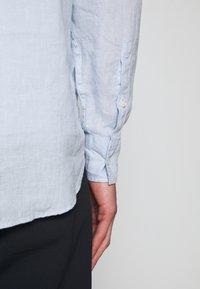 NN07 - LEVON SHIRT - Košile - light blue - 5