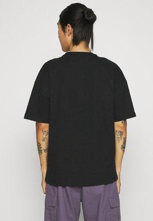FLOWER DEER UNISEX - Print T-shirt - black