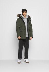 Superdry - EVEREST  - Winter coat - army khaki - 1
