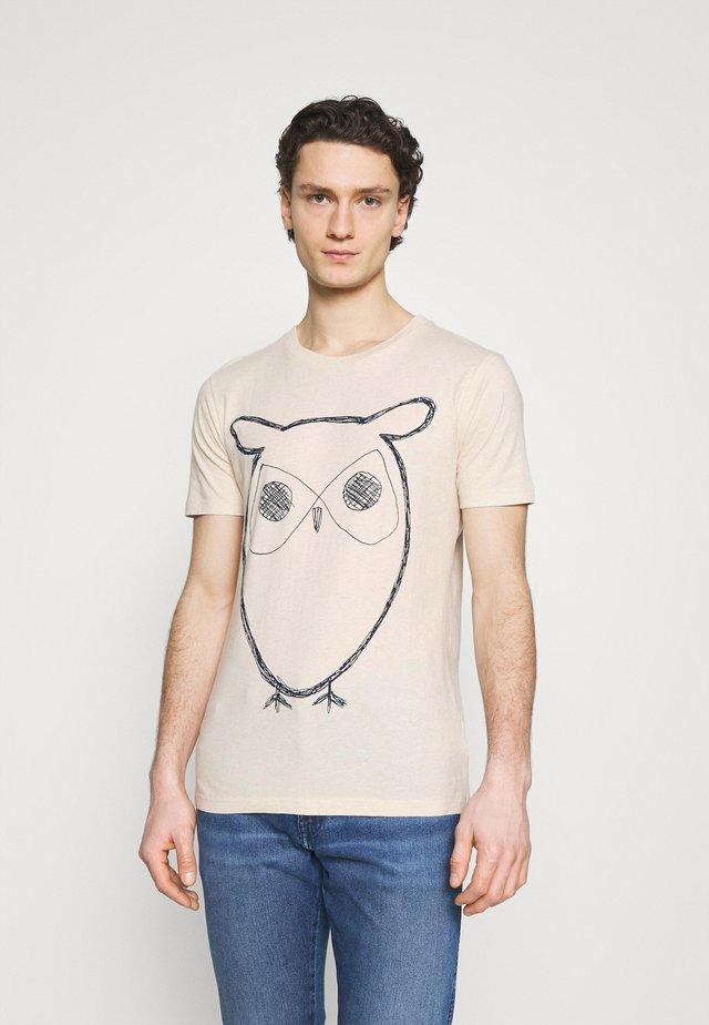 ALDER BIG OWL TEE - T-shirt print - white melange