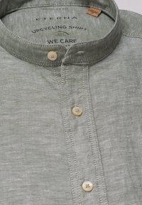 Eterna - REGULAR FIT - Shirt - olivgrün - 5
