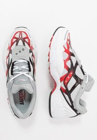 Saucony - GRID WEB - Sneaker low - white/grey/red - 1