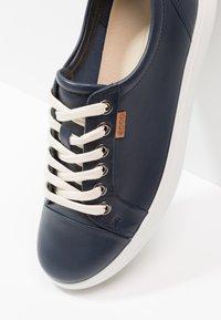 ECCO - SOFT - Sneakers laag - marine - 2