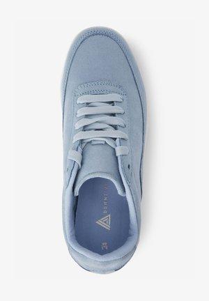 DOWNTIME CHUNKY  - Sneakersy niskie - blue