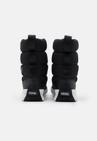 Sorel - OUT ABOUT PUFFY MID MATTE RIPS - Winter boots - black - 3