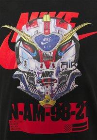 Nike Sportswear - TEE MECH AIR MASK - Print T-shirt - black - 2
