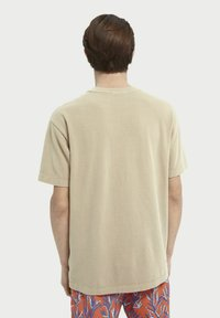 Scotch & Soda - Basic T-shirt - sand - 2