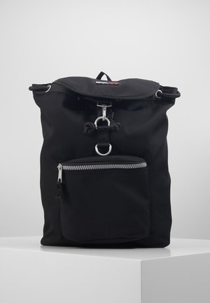 HERITAGE FLAP BACKPACK - Tagesrucksack - black