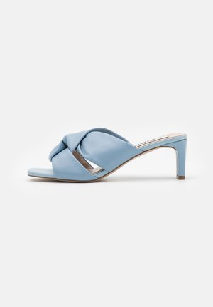 Heeled mules - blue