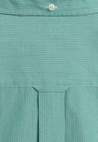 GANT - BROADCLOTH - Shirt - lush green - 1
