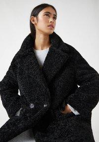 PULL&BEAR - Winter coat - mottled black - 3