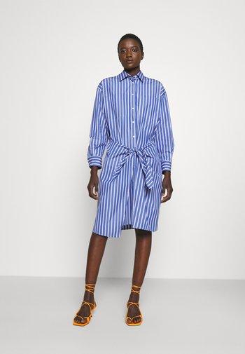 ATTINIA - Shirt dress - light blue