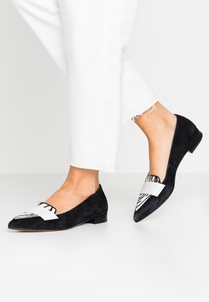 LAINA LOAFER - Slip-ons - back