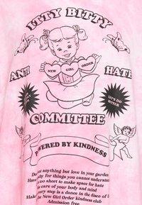 NEW girl ORDER - ITTY BITTY TIE DYE TEE - Topper langermet - pink tie dye - 2