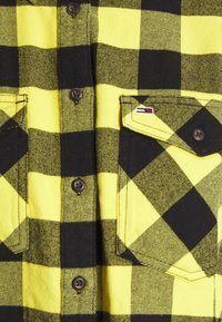 Tommy Jeans - GINGHAM CHECK  - Button-down blouse - star fruit yellow/black - 6