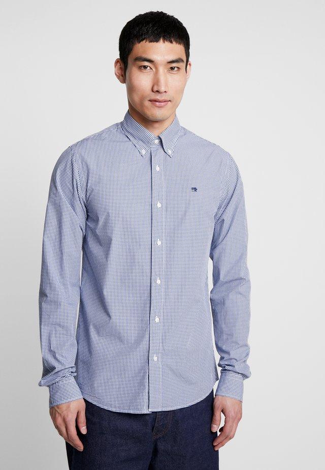 CRISPY REGULAR FIT BUTTON DOWN COLLAR - Shirt - light blue