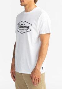 Billabong - TRADEMARK - Print T-shirt - white - 3