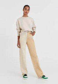 PULL&BEAR - Sweatshirt - off white - 1
