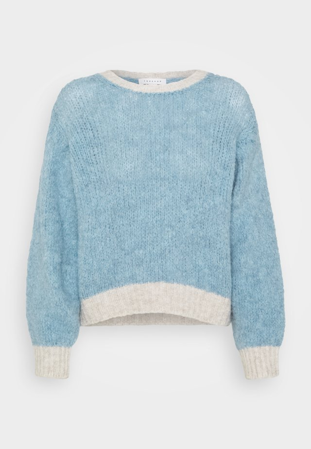 CONTRAST CROP JUMPER - Trui - pale blue