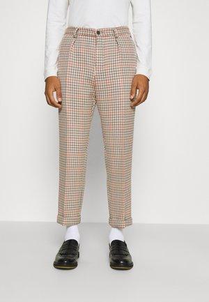 BOSS X RUSSELL ATHLETIC PEDRO - Kalhoty - medium beige