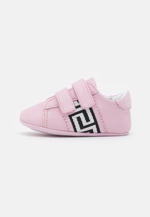 Babyschoenen - rosa