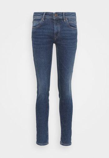 ALVA - Slim fit jeans - true indigo mid blue