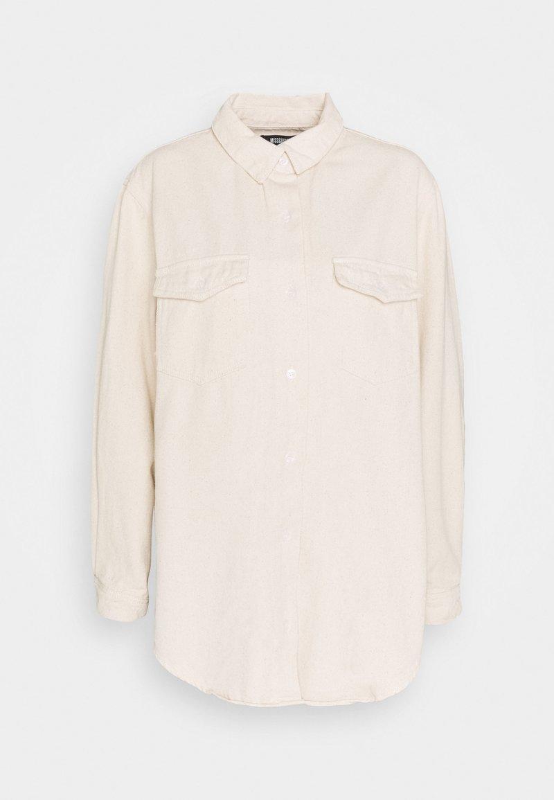 Missguided - SUPER OVERSIZED BOYFRIEND SHIRT - Button-down blouse - sand