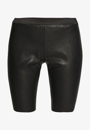 VETTA - Shorts - black