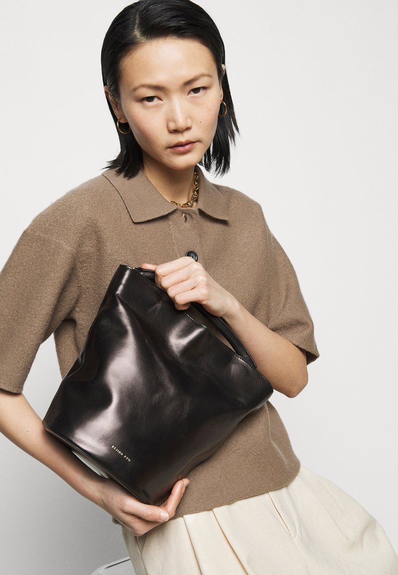 Rejina Pyo - JONI BAG - Sac à main - black