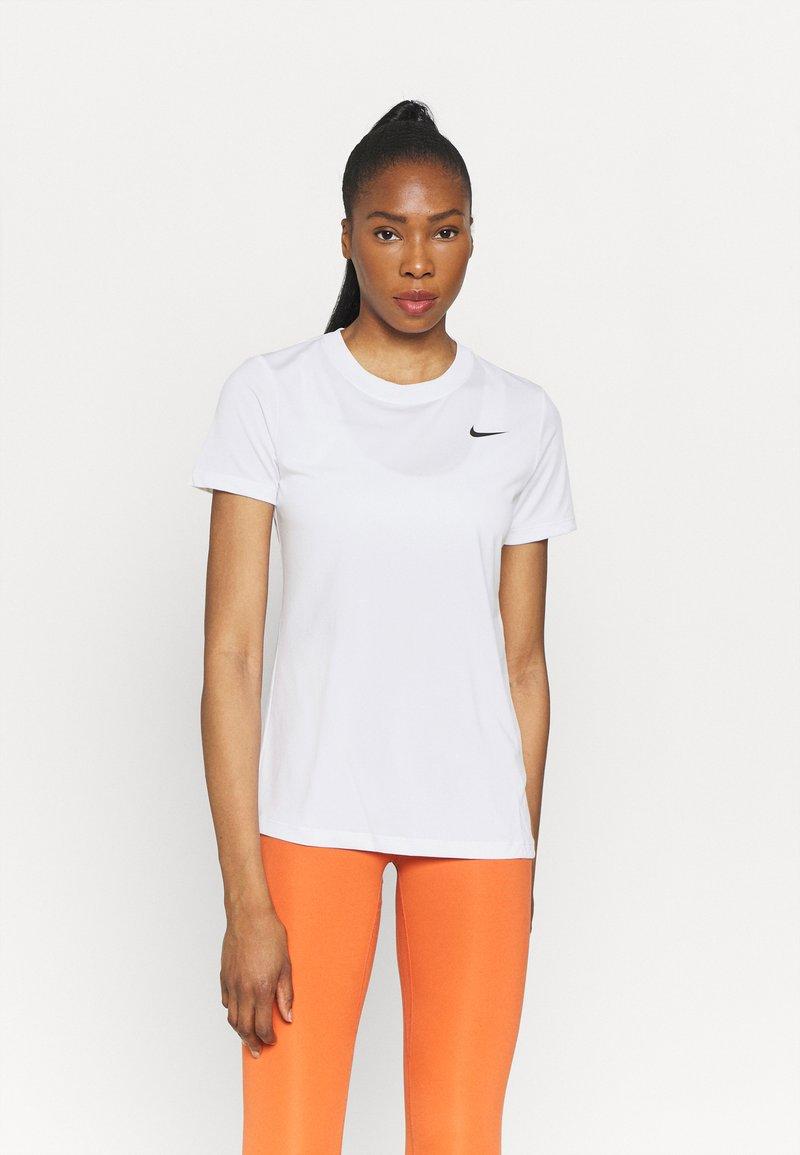Nike Performance - TEE CREW - T-shirts - white