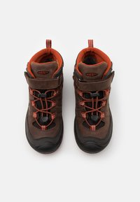 Keen - MID WP UNISEX - Hiking shoes - coffee bean/picante - 3