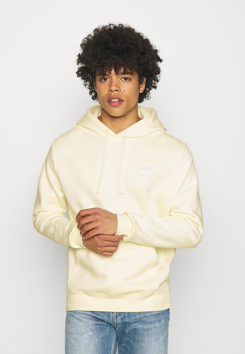 Nike Sportswear - CLUB HOODIE - Hoodie - coconut milk/white