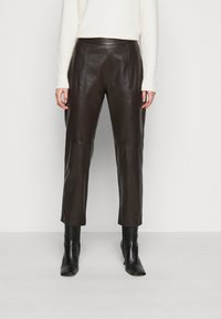 WEEKEND MaxMara - ARIELLA - Leather trousers - dunkel braun - 0