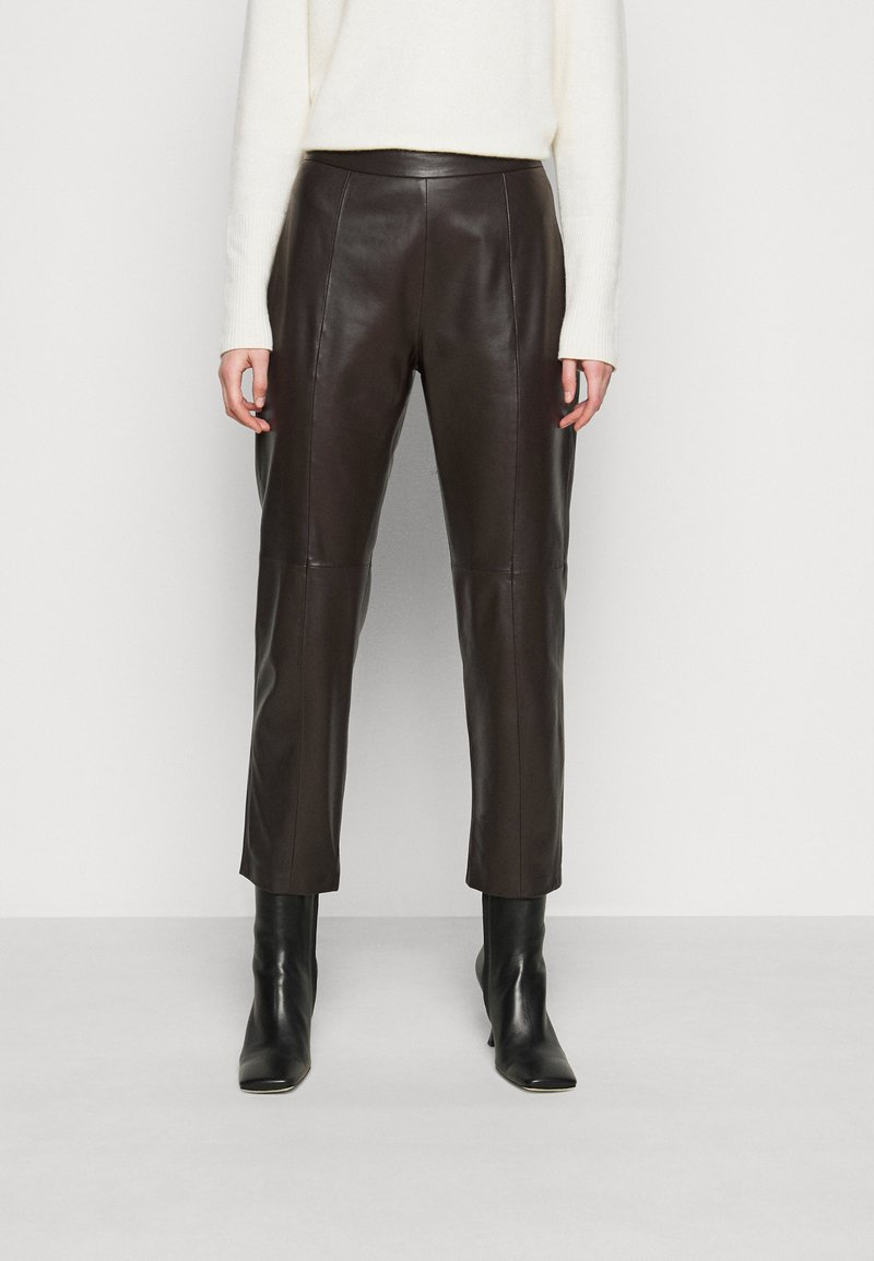 WEEKEND MaxMara - ARIELLA - Leather trousers - dunkel braun
