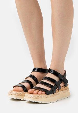ABACAXIS - Platform sandals - loryblack