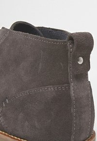 River Island - DESERT - Casual lace-ups - grey - 4